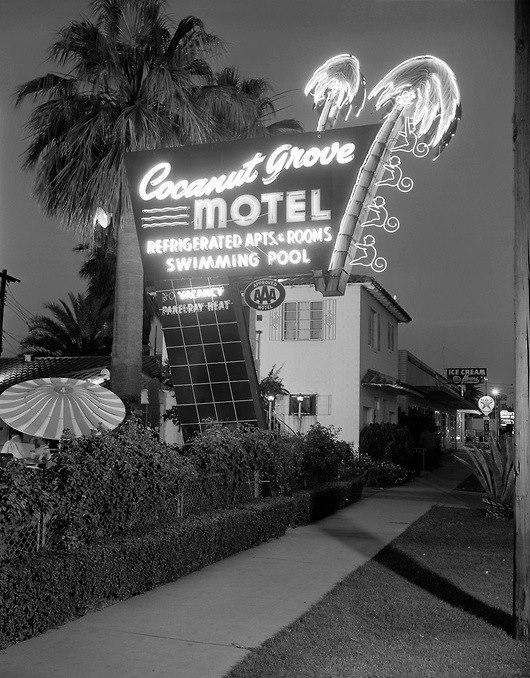 CoCoGrove_Motel