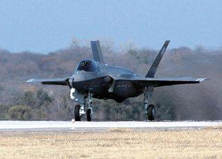 512px-F-35_Lightning-1