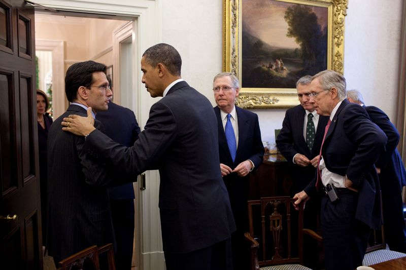 Eric_Cantor_and_Barack_Obama_shake_hands