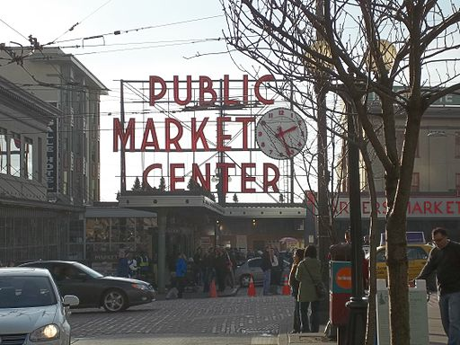 Pike_Place_Market_Center_Sign