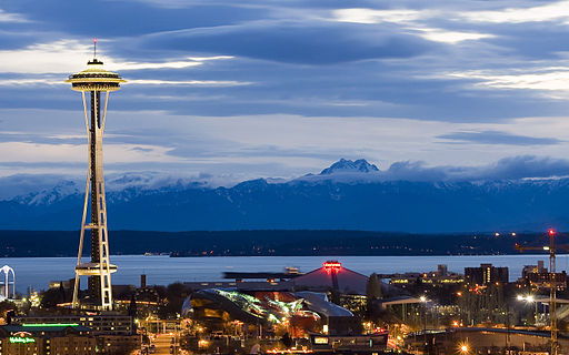 512px-Seattle_Center_as_night_falls