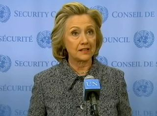2015_03_10_Hillary_Clinton_by_Voice_of_America_(cropped_to_collar)