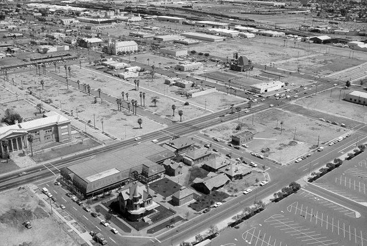 6th_St_Monroe_looking_southeast_Heritage_Square_aerial_early_1980s