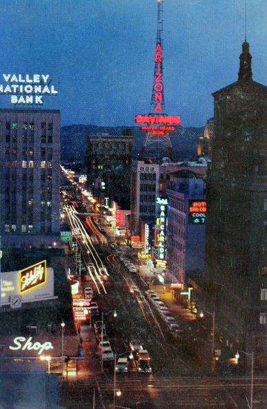 Central_Van_Buren_looking_south_night_Schlitz_1940s