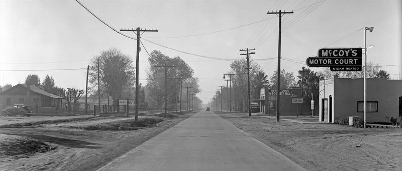 Van_Buren_looking_west_towards_20th_Ave_1940s