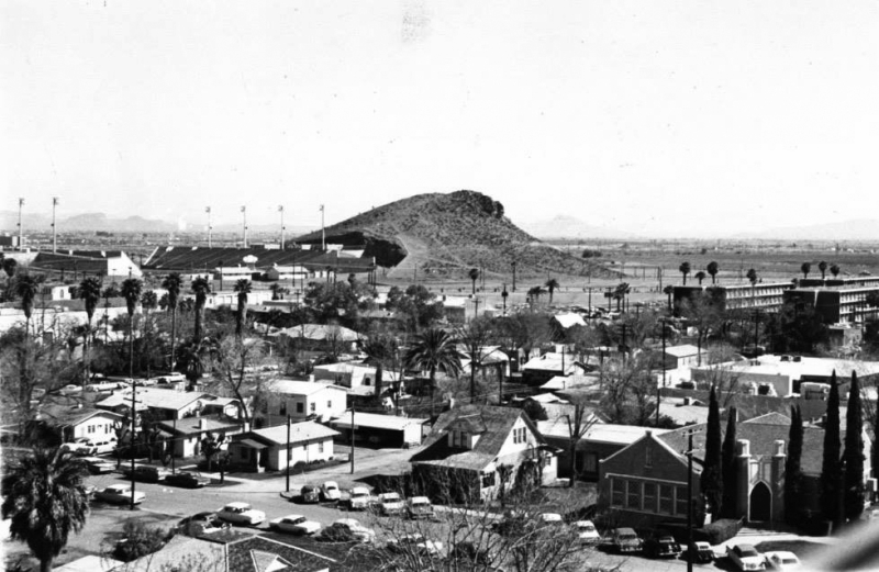 Looking_northwest_towards_Forest_from_University_Chuckbox_church_ASU_Tempe_1960s