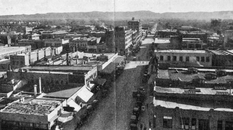 Central_Ave_Adams_looking_south_from_Heard_Building_1920s