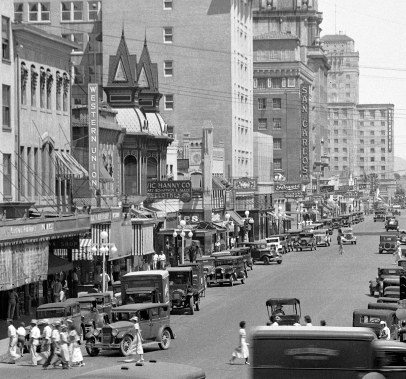 Central_Ave_looking_north_towards_Adams_Vic_Hanny_1930s