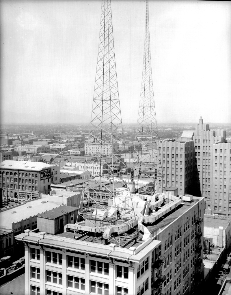 Heard_Building_aerial_looking_southwest_1930s