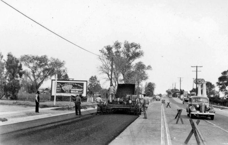 Van_Buren_38th_St_looking_east_Autopia_WPA_1936
