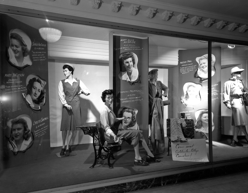 GoldwatersWindow_1940s