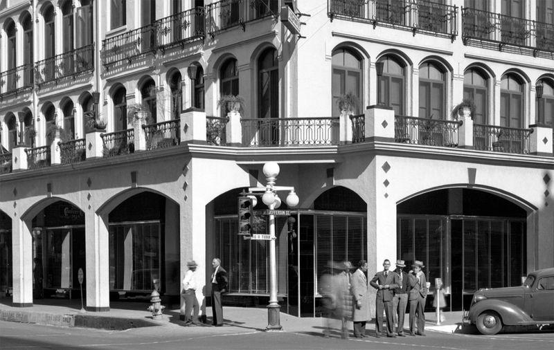 Luhrs_Hotel_1940s