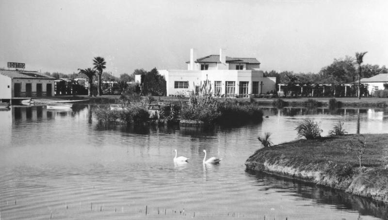 Lagoon_Boat_House_Encanto_Park_1940s