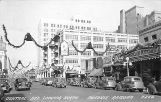 DowntownHoliday1940s