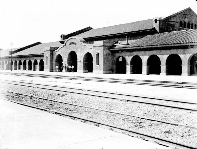 UnionStation_1930_trackside