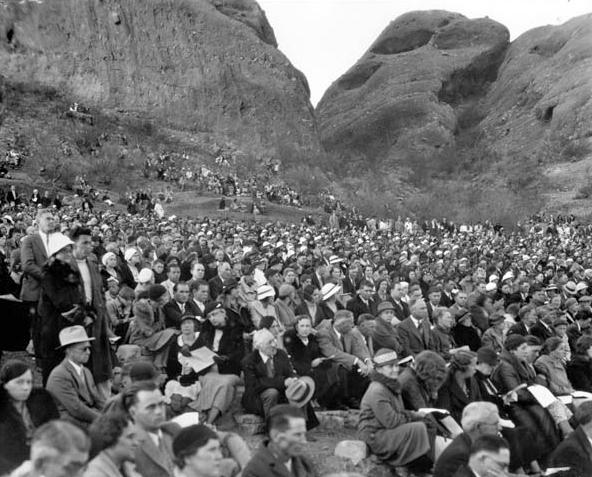 Easter_Sunrise_Service_Echo_Canyon_1934