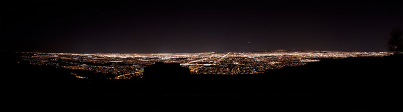 Phoenix_Skyline_from_South_Mountain_at_Night.2010