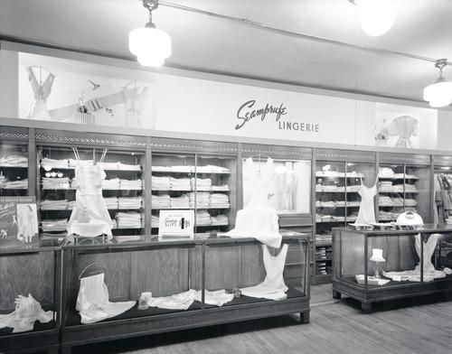 BostonStore_1941