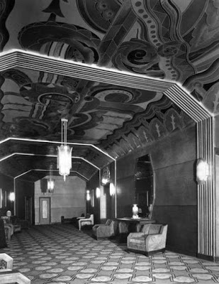 Fox_Theater_11_S_1st_St_interior_1930s