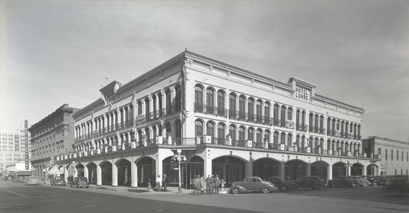 Luhrs Hotel (1)