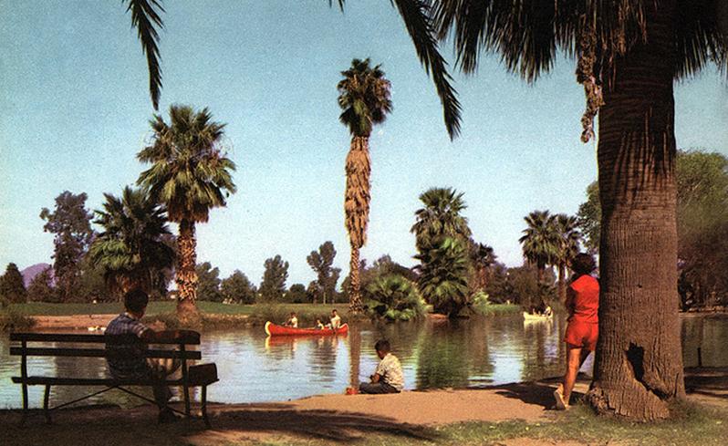 Encanto_Park_lagoon
