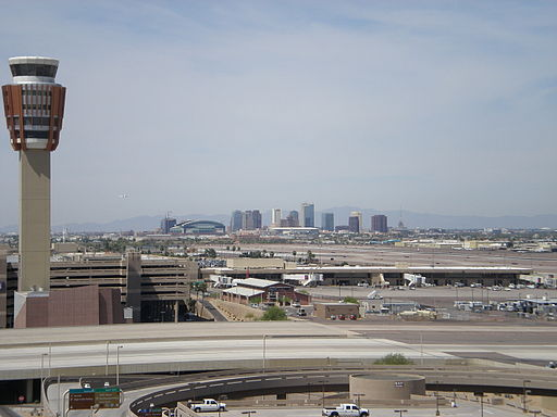 PHX_tower_with_downtown
