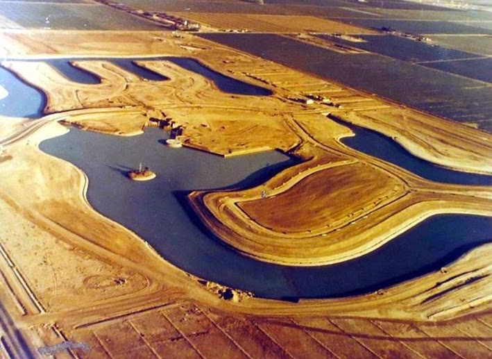 Lakes_of_Tempe_Baseline_between_Rural_McClintock_looking_southeast_1970