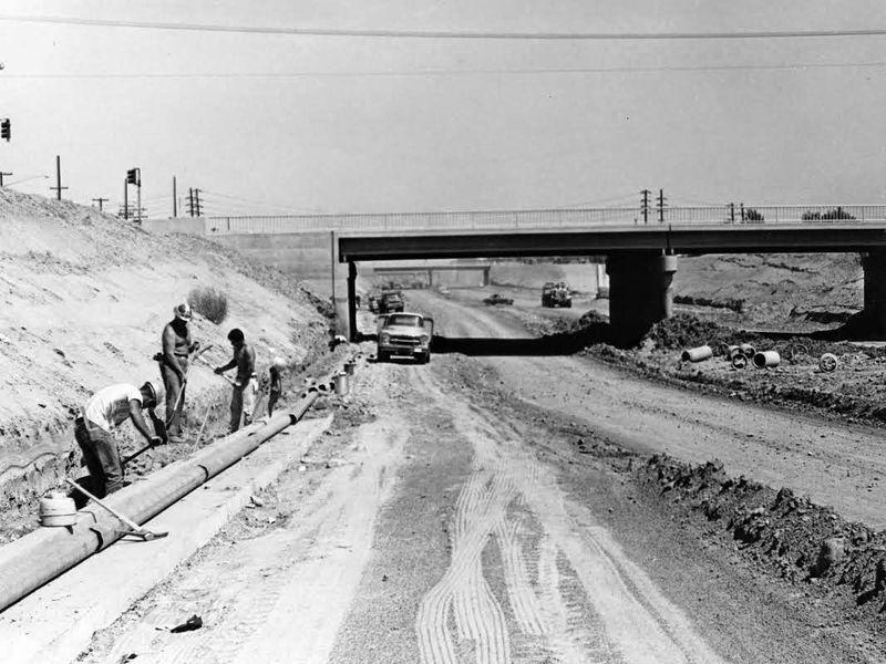 Black_Canyon_Freeway_under_construction_1961