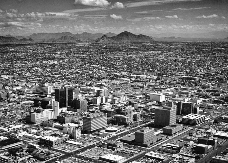 Aerial_Phoenix_looking_northeast_1965