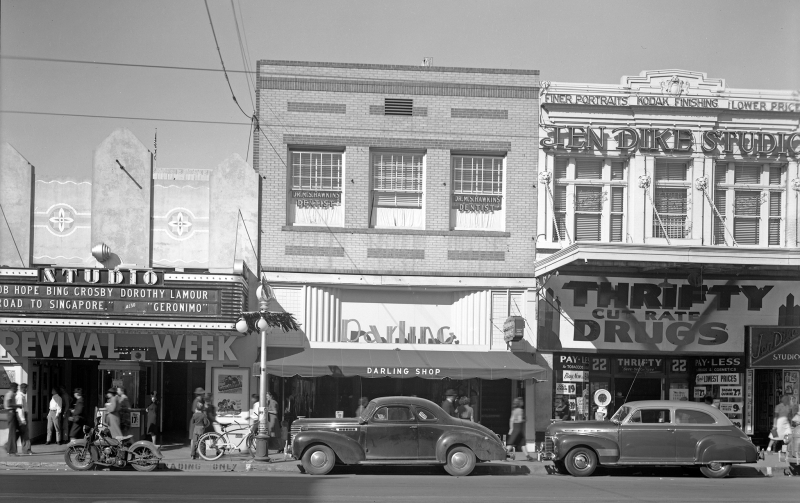 Washington_between_Central_1st_St_1940s