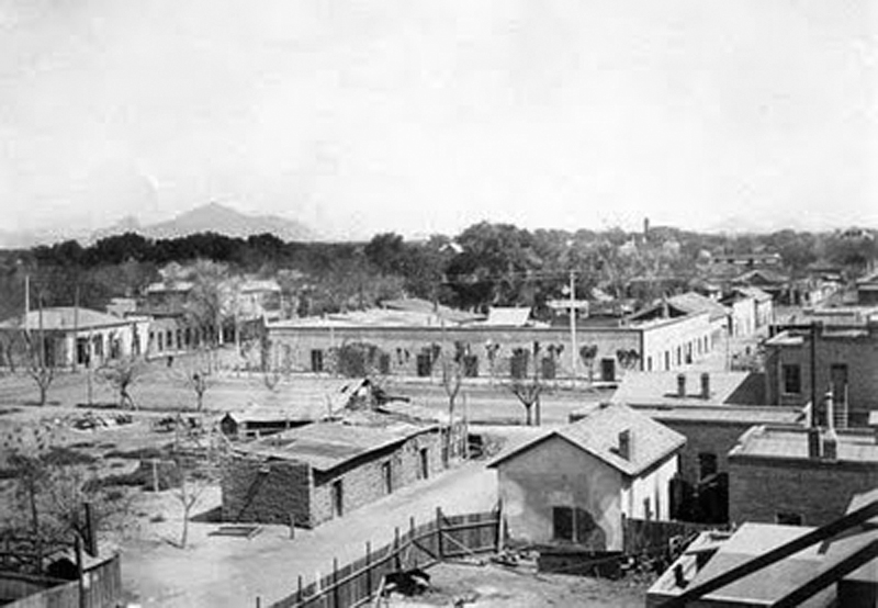 1st_St_Monroe_looking_northeast_Melindas_Alley_1890s