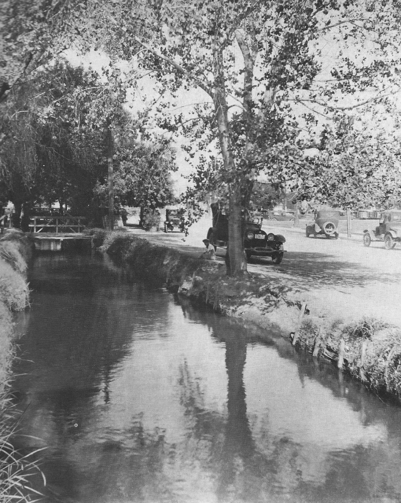 Swilling's Ditch 1 Ave and VA circa 1920