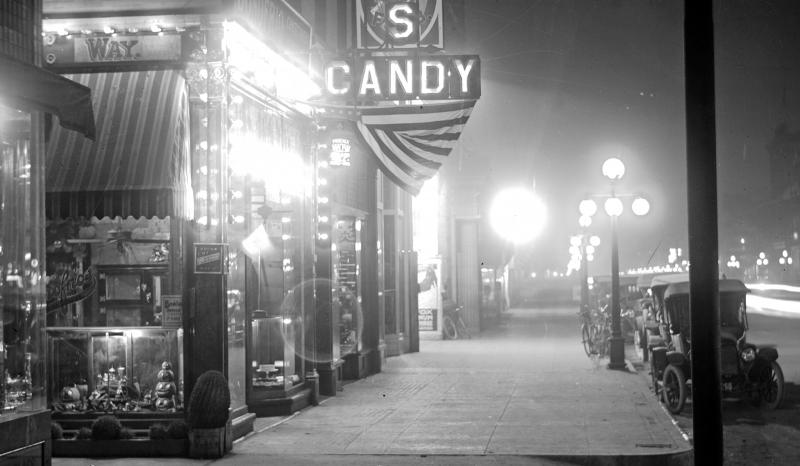 Donofrios_Candy_night_Washington_Cactus_Way_1917