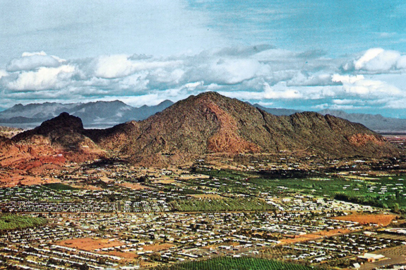 Camelback_Mountain_1960s