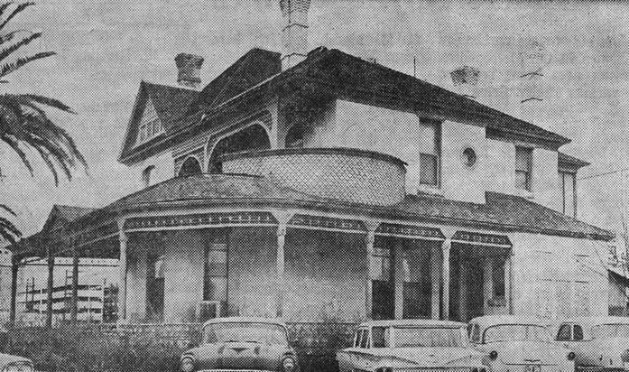JacobsHouse1964_230_W_Monroe