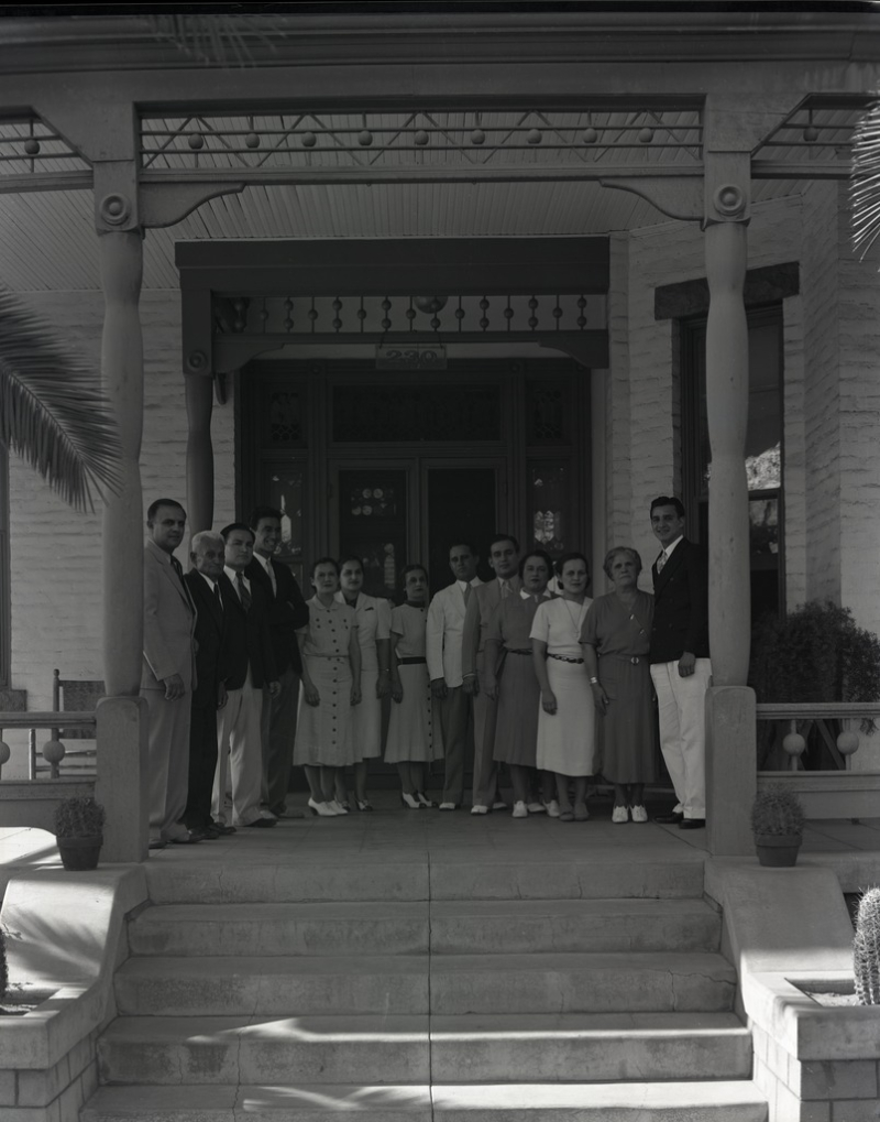 Grosso Family 230 E Monroe 1938