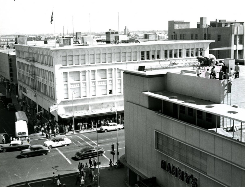 Downtown 1950s helicopter Hanny's