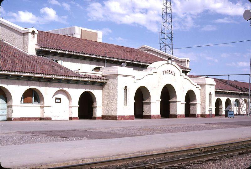 Union Sta arches