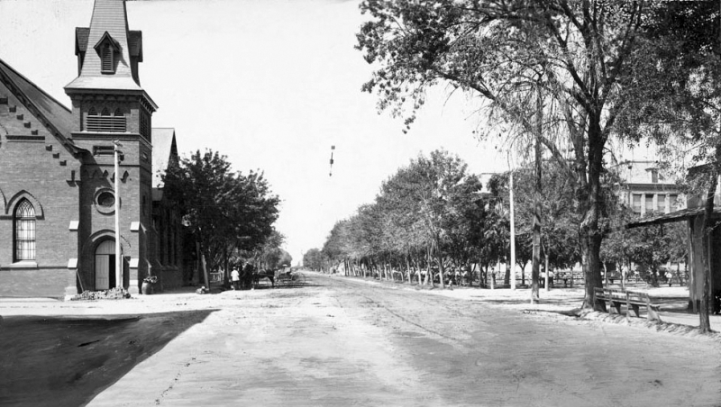 Monroe_looking_west_Central_Methodist_Church_Central_School_Sonora_Corner_1907