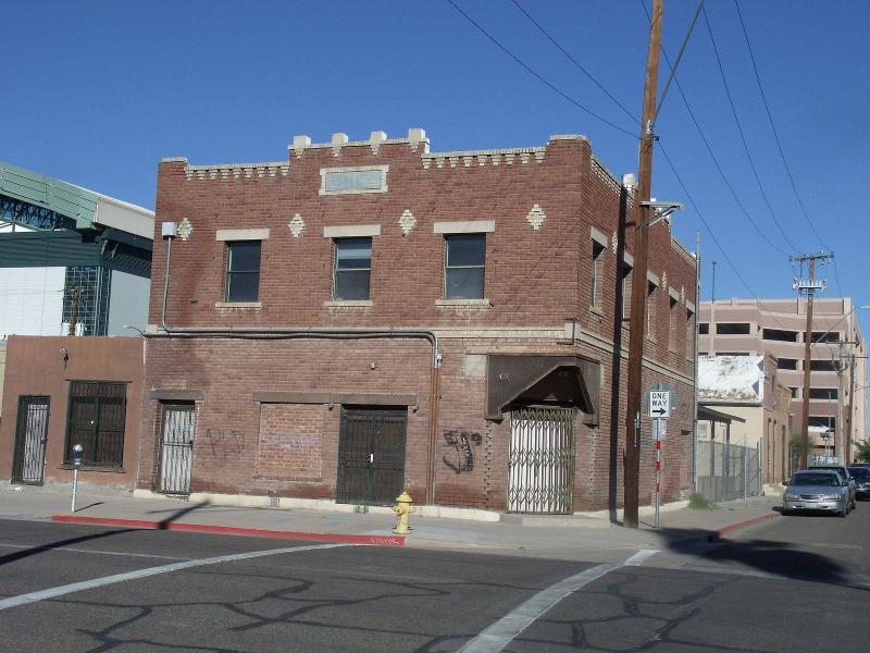 Gerardo's Building 1928  421 S. 3rd St