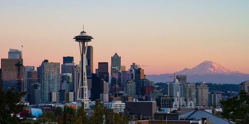 1024px-Seattle_Kerry_Park_Skyline