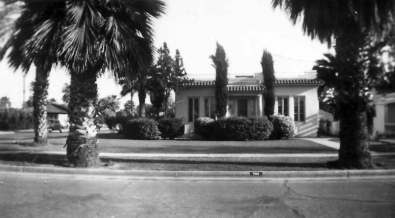 House_701_W_Willetta_1940s