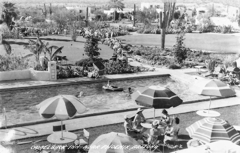 Camelback_Inn_5402_E_Lincoln_Drive_pool_1940s
