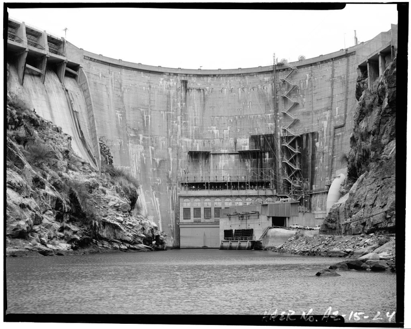 Horse Mesa Dam