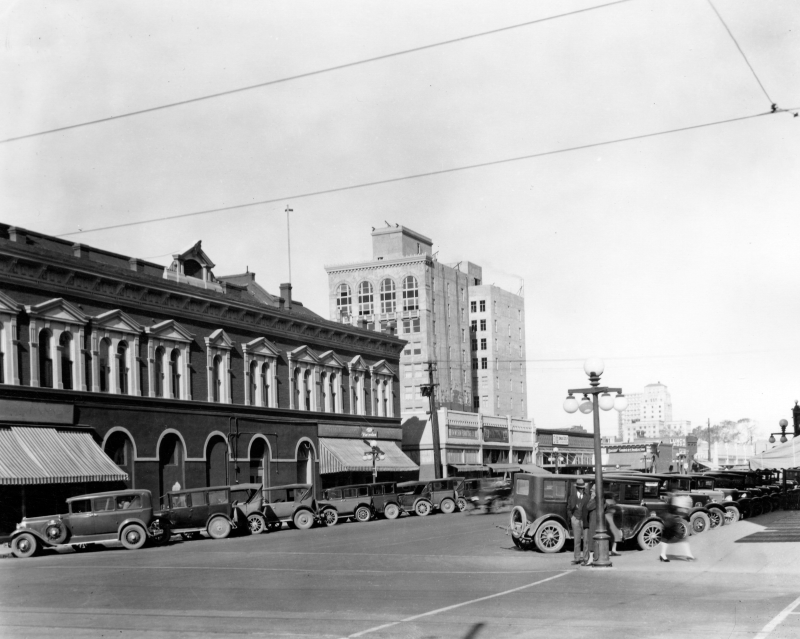 1st_Street_Washington_looking_north_Anderson_building_1928