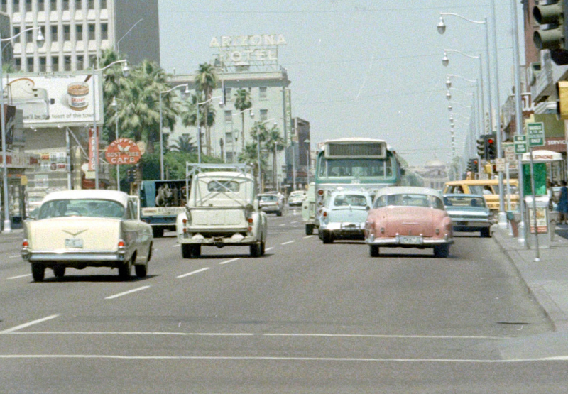 Washington_1st_St_looking_west_State_Capitol_1960s(1)
