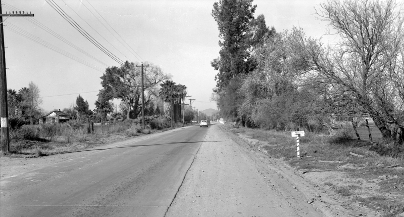 7th_Ave_looking_north_towards_Osborn_1940s