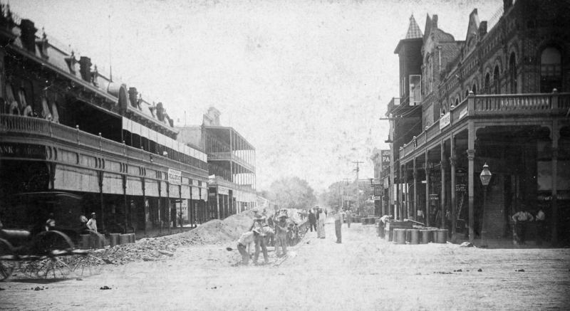 Central_Washington_road_construction_looking_south_1890s