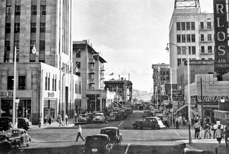 Central_Monroe_looking_south_South_Mountain_1940s(1)