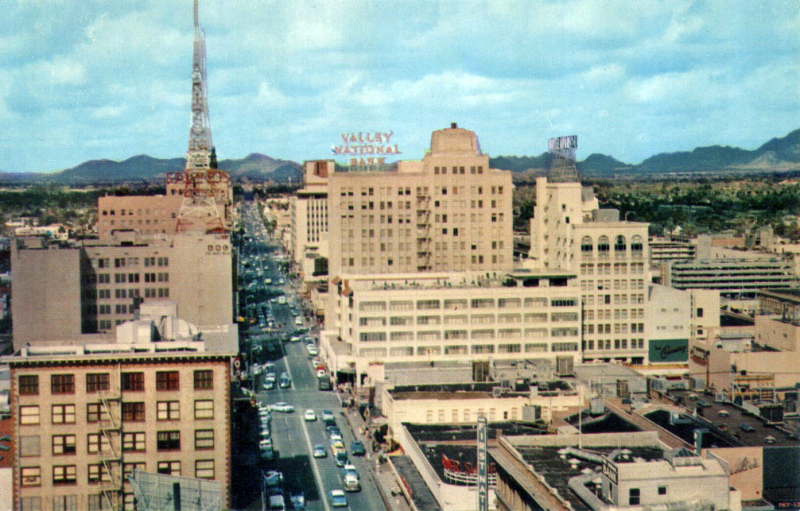 Central_Ave_looking_north_towards_Adams_early_1950s(1)